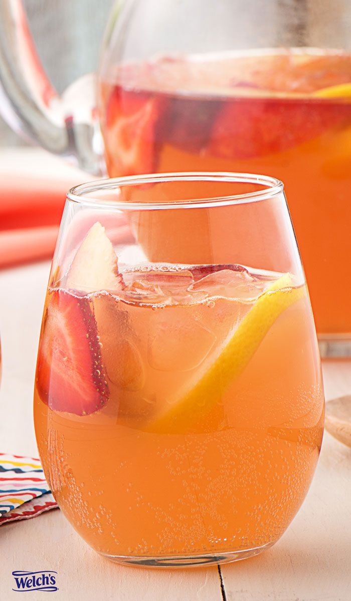 Strawberry Lemonade Sangria Recipe using Welch's Sparkling. Easy Summer drink recipe. Non alcoholic fruit drinks.