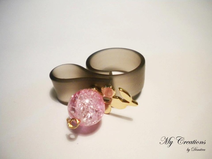 caoutchouc ring (metal flower, pink bead)