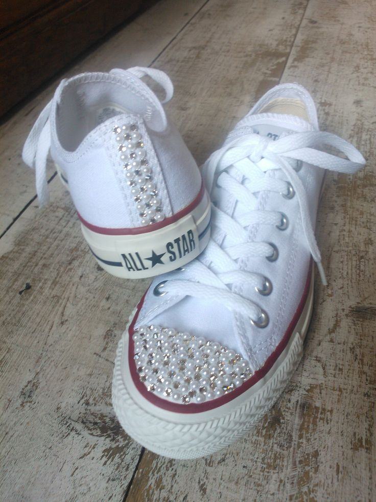 Front and back Swarovski and faux pearl low Converse