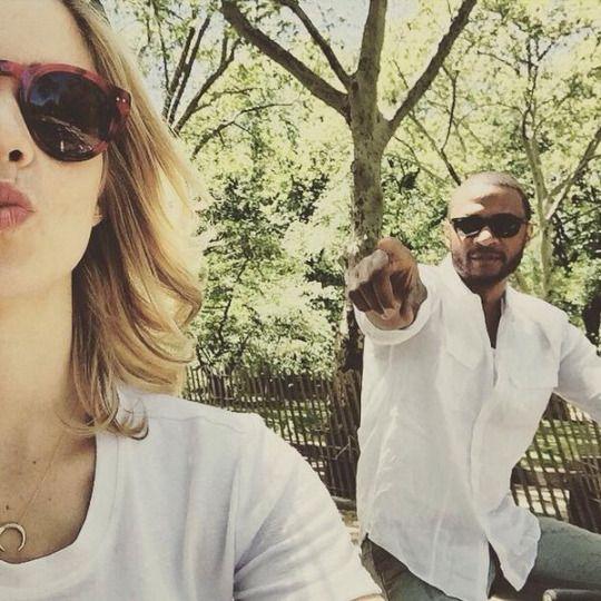 Emily Bett Rickards & David Ramsey