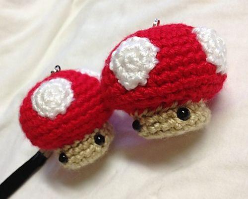 Free Amigurumi Mushroom Patterns : 17 Best images about herfst on Pinterest Crochet ...