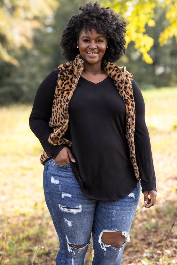 Layer Lover Vest, Brown in 20   Plus size date night outfit ...