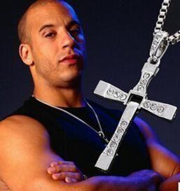 Velozes e Furiosos 7 Moive Cross Tourette Necklace Dominic Toretto Cruz de Ouro & Prata