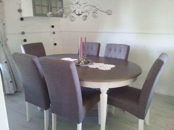 Min spisestue. #Victoria bord# og #Stina stoler# kjøpt hos #Bohus# og #Andora# lampe fra #lampehuset#.