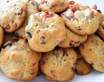 Az Update Karácsonyi keksz recept leírása. Vigyél be kevesebb szénhidrátot a szervezetedbe.