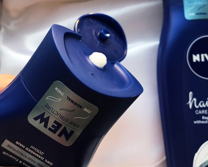Balsam de păr Nivea HairMilk
