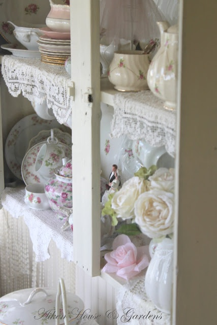 lace on the shelves