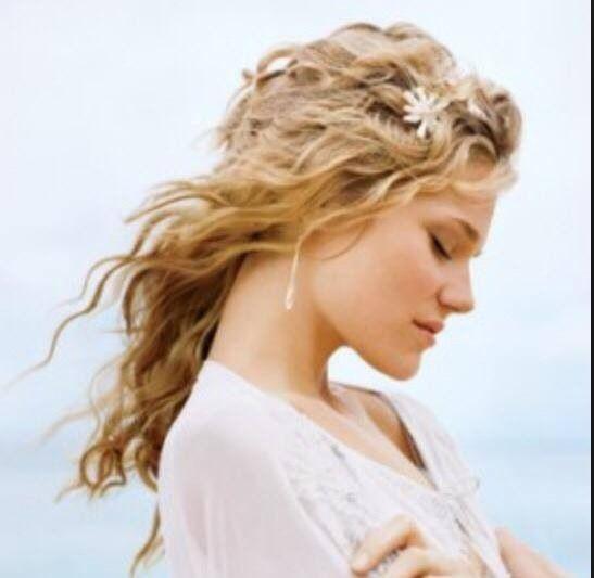 Con questo mio abito..i capelli bellissimi sciolti.... Alessandro Tosetti www.tosettisposa.it Www.alessandrotosetti.com #abitidasposa #wedding #weddingdress #tosetti #tosettisposa #nozze #bride #alessandrotosetti