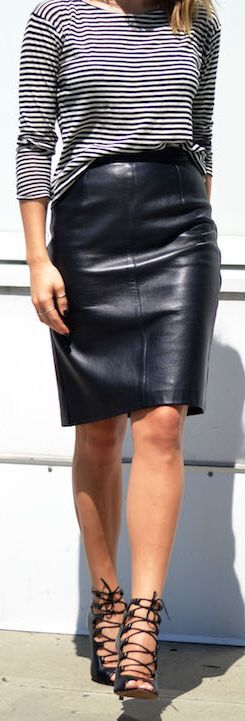 Shoppalu Black Leather Pencil Mini Skirt
