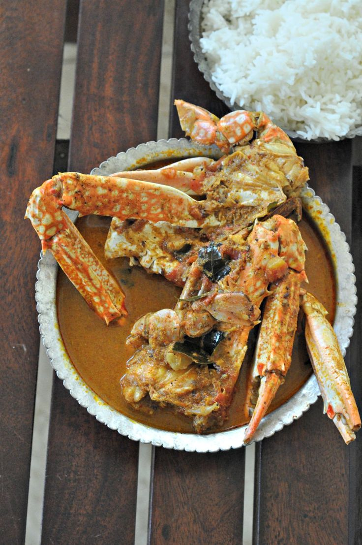 Where to buy your seafood in Bangalore from and a recipe for granny's Nandu Kuzhambu (i.e. the chettinad style crab curry). Finger licking delicious, spicy but that good spice that will have you slightly sweating and yet reaching out for more.