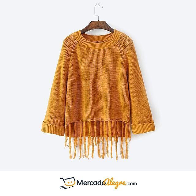 Para los días #fríos puedes seguir luciendo #chic y estar #abrigada con este #hermoso suéter.  Los colores le dan un poco de calidez, y los flecos adelante lo distinguen del resto.  .  .  .  .  .  .  .  #Colombia #Compras #Medellin #Mercado #Bogota #Cali #followforfollow #Moda #Ropa #Ventas #Mercado #Alegre #Pereira #SantaMarta #Barranquilla #vistealamoda #free #Happy #cartagena