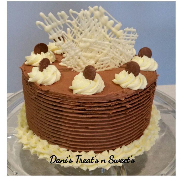 White choc lattice cake