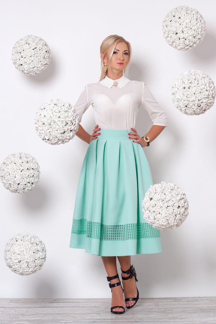 Костюм молочная блуза и мятная юбка S&L 648-1910…