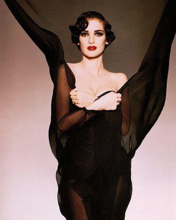 winona ryder | Winona Ryder. What a Vamp!, Circa Bram Stoker's Dracula, Esquire ...