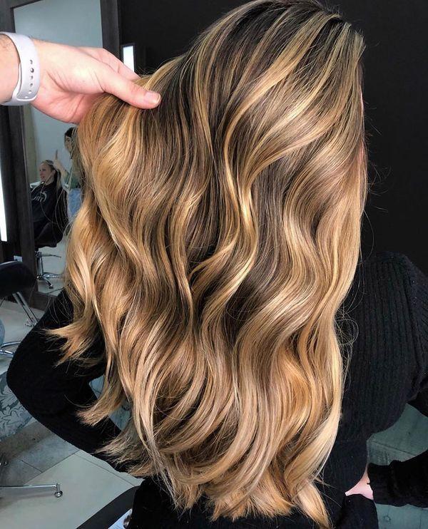 20 Ultimate Caramel Balayage Highlights Inspiration Stylesrant In 2020 Balayage Hair Caramel Skin Tone Hair Color Olive Skin Blonde Hair