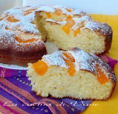 torta soffice pesche e mascarpone, ricetta dolce facile da fare, il mascarpone dà tanta morbidezza alla torta e le pesche aggiungono freschezza e sapore