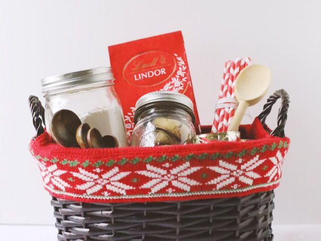 Holiday Gifting: The Ultimate Christmas Cookie Gift Basket