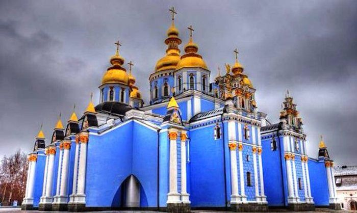 World Trip of the 30 most original churches building : Russia  http://www.lumieresdelaville.net/2014/04/21/pour-le-lundi-de-paques-un-tour-du-monde-des-30-eglises-les-plus-originales/
