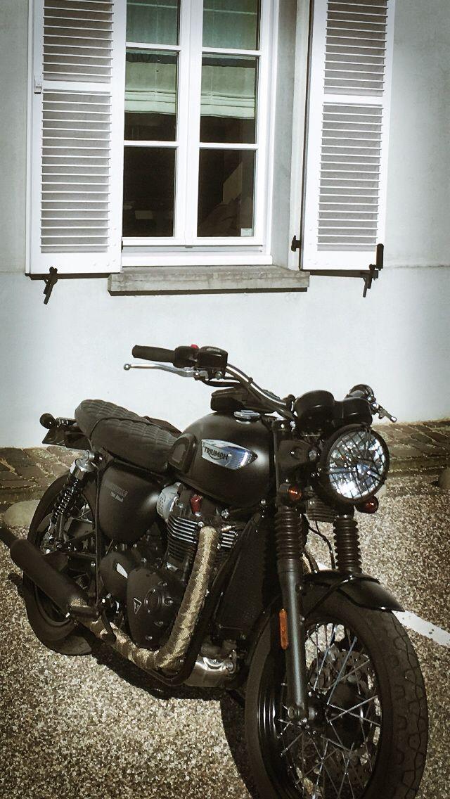 Triumph bonneville T100black #triumphbonneville  #t100black #bonnefication