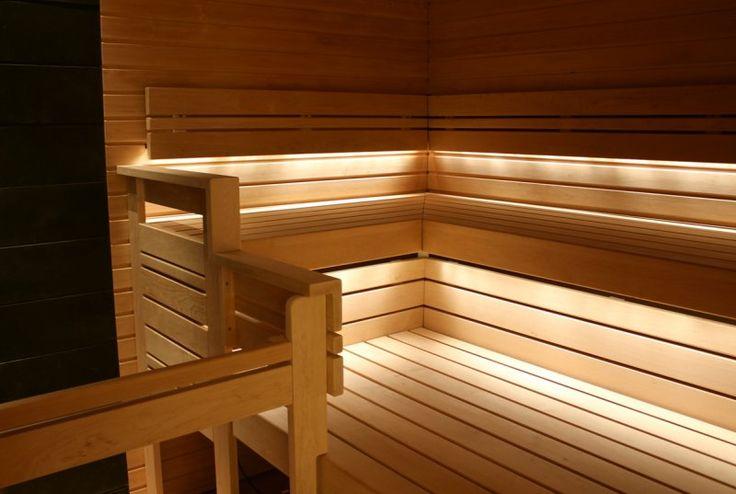 saunan valaistus: riitäisi pelkästään penkkien alla olevat valot