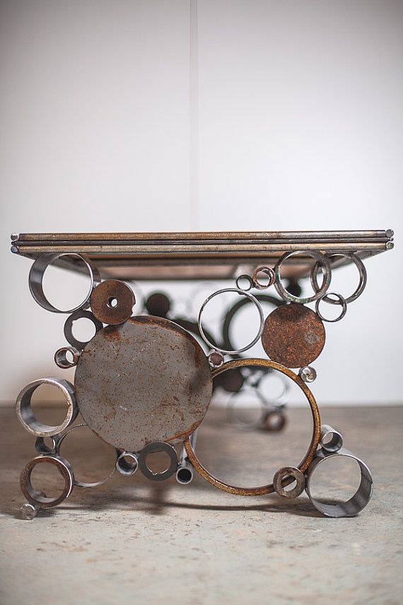 steel and wood reclaimed coffee table von PecanWorkshop auf Etsy