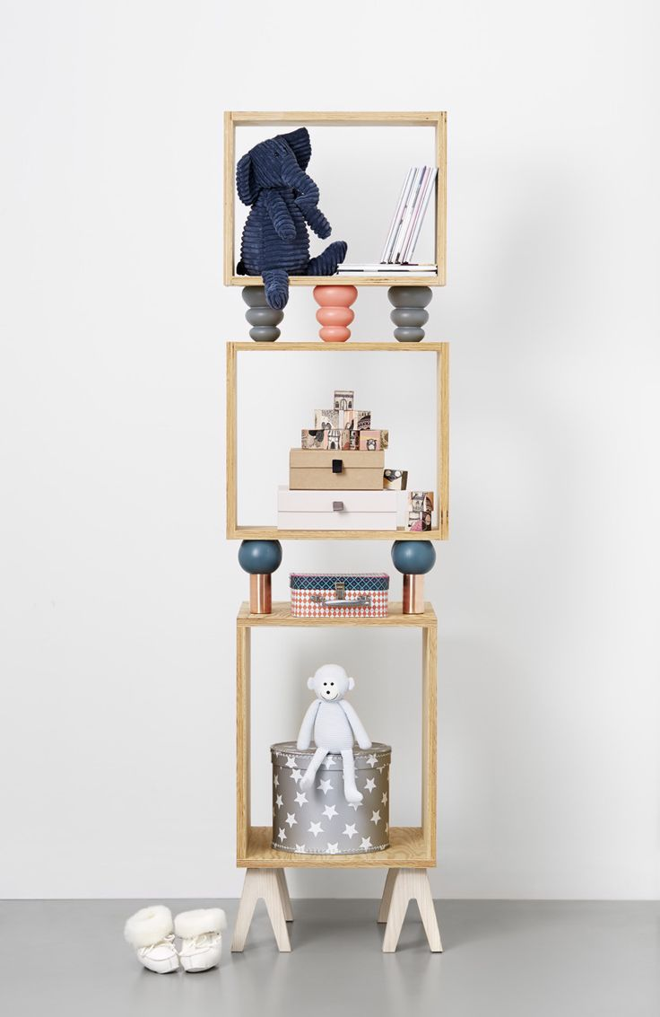 Today we've got some playful and practical shelf ideas for a kids room. If you like a little project, many of these shelves can easily be recreated at home. And they will provide lots of inspiration, perhaps to create your own unique version.http://petitandsmall.com/5-fun-diy-shelf-ideas-kids-room/