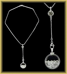 The Original Bebbre Pendulum Shake Necklace from Stelle Sheen ( I fell in love with them ever since I saw Cameron Diaz wear one in the movie THE HOLIDAY)