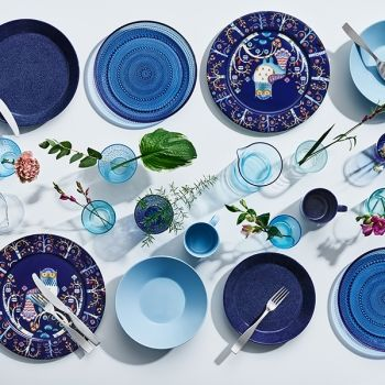 Iittala's classics Teema and Kastehelmi in new shades of blue