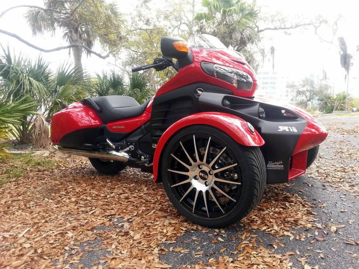 There are a lot of trike conversions available, but very few kits put the dual wheels up front, Qtec Engineering is one, offering a Harley Davidson kit, and Hannigan has a Gold Wing quad, but they …