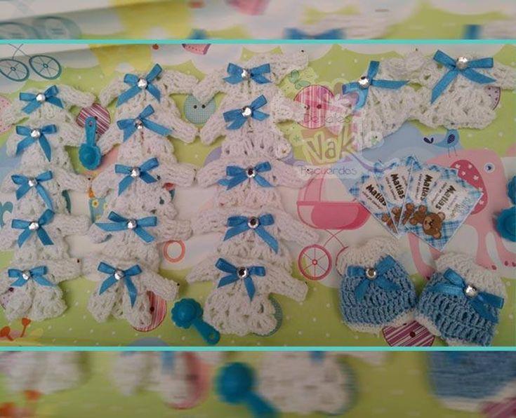 chambritas tejidas para niños color azul con blanco