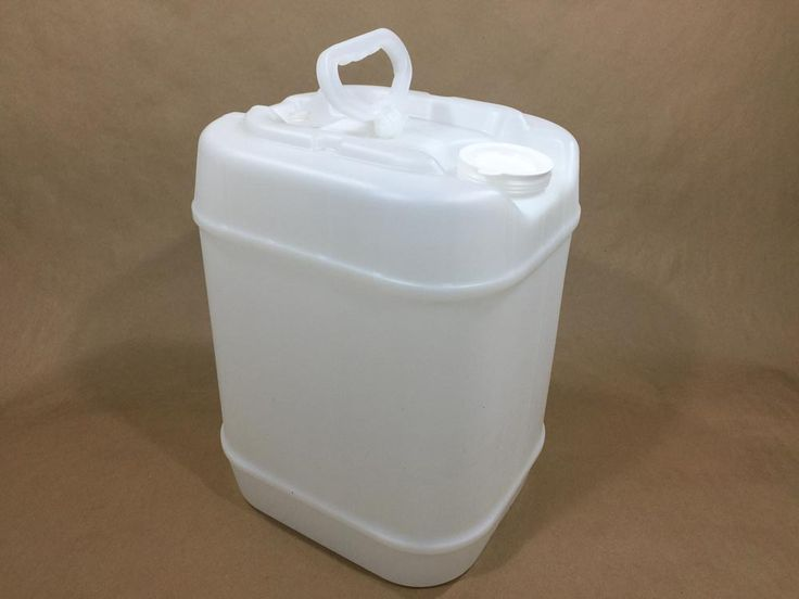 5 Gallon Plastic Rectangular Tight Head Containers In