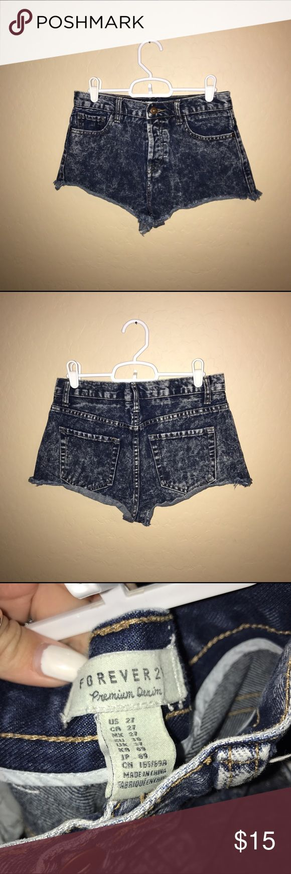 Forever 21 washed shorts! Forever 21 washed shorts! Button up in the front ! Kinda high wasted! Cute and comfy! Only worn a couple times!! #cute #comfy #jean #shorts #jeanshorts #washed #washedjeans #washedshorts #forever21 Forever 21 Shorts Jean Shorts