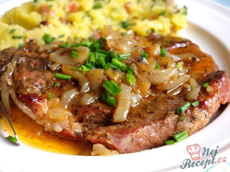 Použila jsem koření farmářský steak, ale pokud neseženete, tak nevadí. Koření obsahuje česnek sušený mletý, sůl, pepř černý drcený, sušená petrželová nať šalvěj mletá. Ale v supermarketu běžně koupíte i to, co jsem použila já. Autor: Naďa I. (Rebeka)