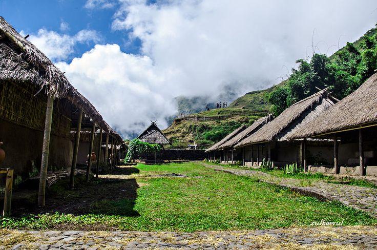 Rumah adat desa sembalun by Zul Baerul Kusumah on 500px