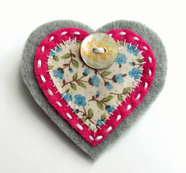 Heart Brooch or Bag Charm - Felt - Pink and Grey Floral £3.95