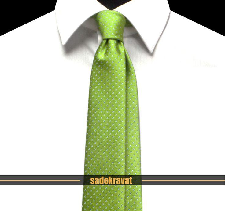 6 cm. Slim İnce Stil... www.sadekravat.com/yesil-mavi-noktali-ince-kravat-2727 #kravat #kravatım #kravatlar #kravatmodelleri #2015kravat #erkekaksesuar #erkekmoda #ofis #bursa #türkiye #örgükravat #yünkravat #ketenkravat #klasikkravat #sporkravat #incekravat #ipekkravat #slimkravat #çizgilikravat #düzkravat #sadekravat #gömlek #ceket #mendil #özelmendil #kapıdaödeme #havale #paypal #tie #tieoftheday