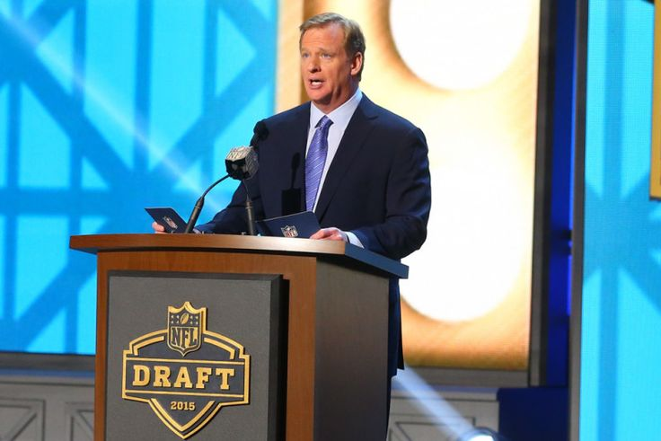 Today's Pigskin 2016 NFL Mock Draft Version 4.0 - Now that we are a little more than halfway through the 2015 NFL season, we can take a peripheral glance ahead to the offseason and namely the NFL Draft. NFL scouting departments typically start....