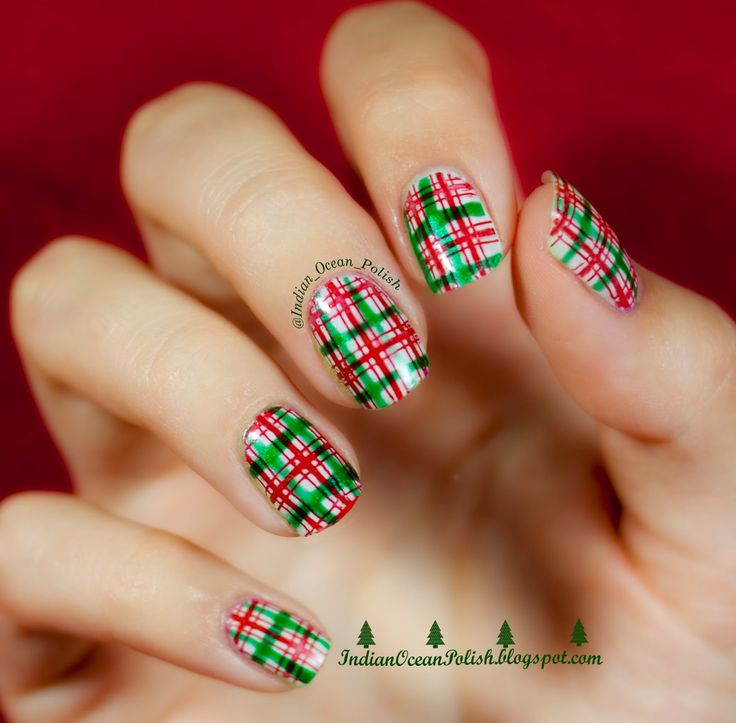 Indian Ocean Polish: Christmas 2013 Nail Art Ideas: Simple and Not So Simple!