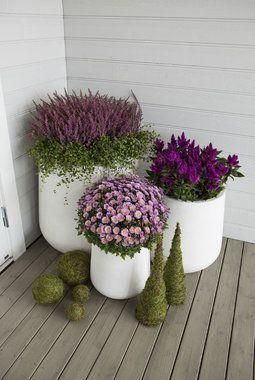Jardim em vasos na varanda.   http://plantas.facilisimo.com/detalles-que-haran-de-tu-jardin-un-lugar-especial_2080815.html#visor