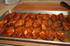 Madison House Chef: The BEST Chicken Wings in the Valley, Perhaps the Nation. Hmmm...must make for my wing-loving husband.