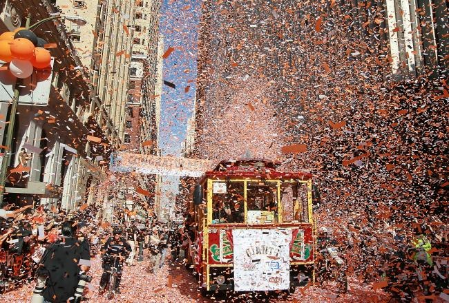 I was there!!!!! With the San Francisco Giants 27 outs away from the 2012 World Series championship and the Detroit Tigers 108, it seems fair to say the Orange and Black will likely emerge victorious. Anticipation of a secondWorld Series parade in the last 24 months inspired me to revisit the unforgettable 2010 celebration.