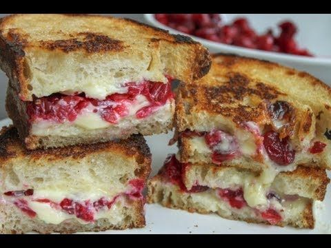 Roasted Cranberry & Brie Grilled Cheese: Have I told you about my cranberry problem. Every year around this time, I buy way to many cranberries. I love the way they look and taste. So I am always trying to find fun ways to add cranberries to something. Well, I have had baked brie with cranberries and nuts many a times and it is SO good that I figured, I couldn't go wrong with a grilled cheese, right?