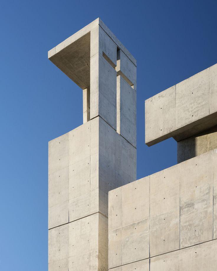 Dock 9 South, Buenos Aires Argentina | Urgell - Penedo - Urgell Architects | Image © Daniela Mac Adden