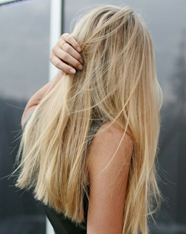 Cheveux droits blonds