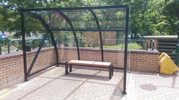 Falco manufactured and installed a 3m powder coated FalcoQuarter smoking shelter with FalcoBloc bench complete with an M2 ashtray.
