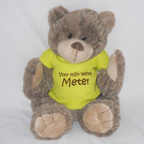 Grote knuffel BEER met GEPERSONALISEERD ' t shirt! Leuk als geboortekado maar ook om de METER te vragen. Meerdere meter geschenken zijn..