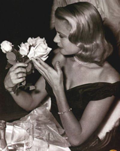 Grace Kelly - Cannes Film Banquet