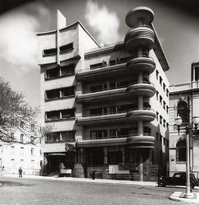 Former Hotel Victória, now communist party headquarters in Lisbon: Designed by Cassiano Branco, arch. He was a world reference on Art Deco and Modernist Architecture.