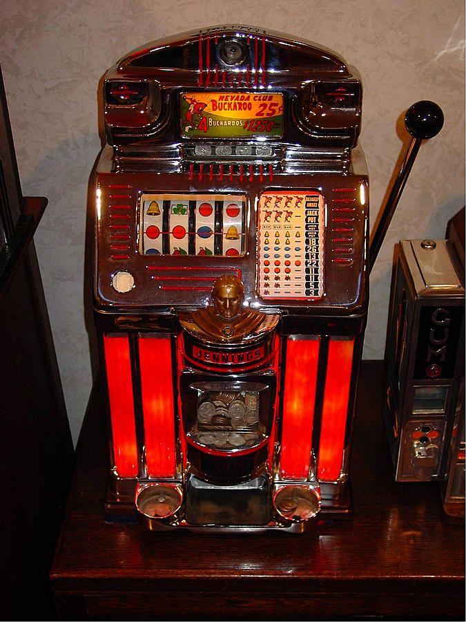 Vintage Slot Machine 25 Cents Digital Art by Marvin Blaine