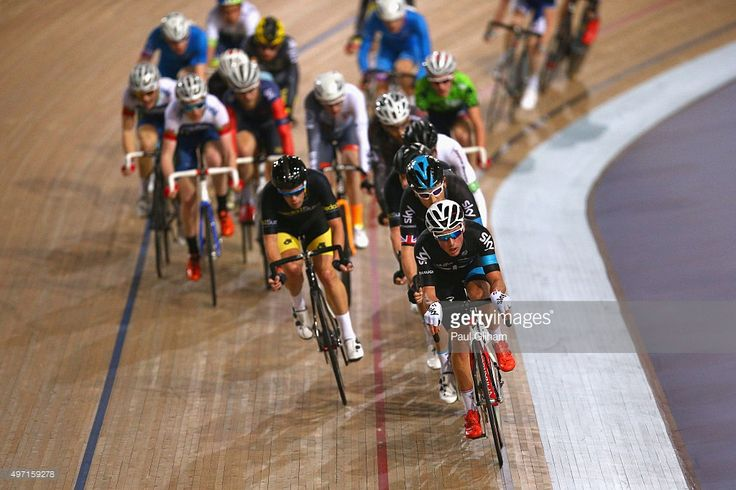 Pete Kennaugh of Great Britain leads Geraint Thomas and the pack in the Elite Championship - UCI Scratch Men's Race during the Elite Track Cycling Revolution Series at the Lee Valley Velodrome on November 14, 2015 in London, England.
